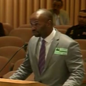 Black Tourist Beaten by Orlando Police Defends Himself to Mayor & Commissioners